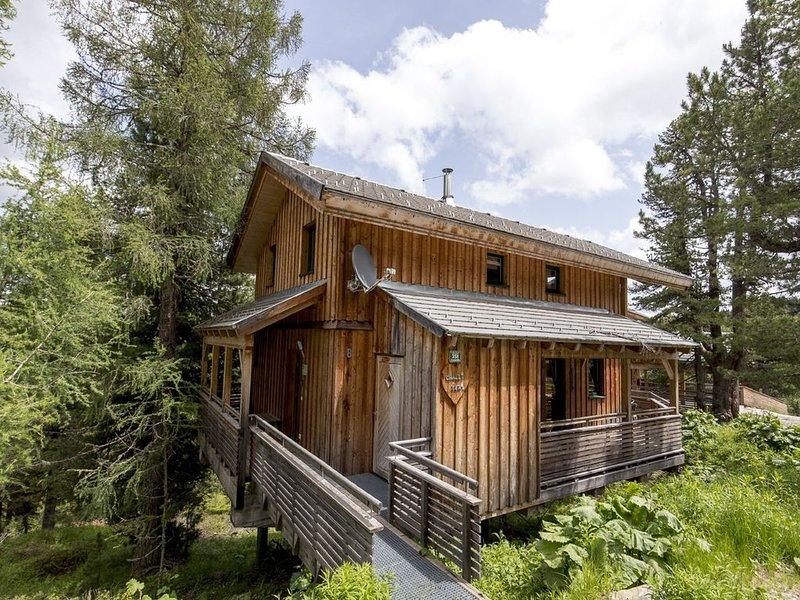 Lovely Chalet in Turracherhöhe with Sauna and Jacuzzi, Ferienwohnung in Turracher Höhe