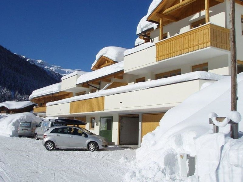 Modern Apartment in Saalbach-Hinterglemm with Garden, aluguéis de temporada em Saalbach-Hinterglemm