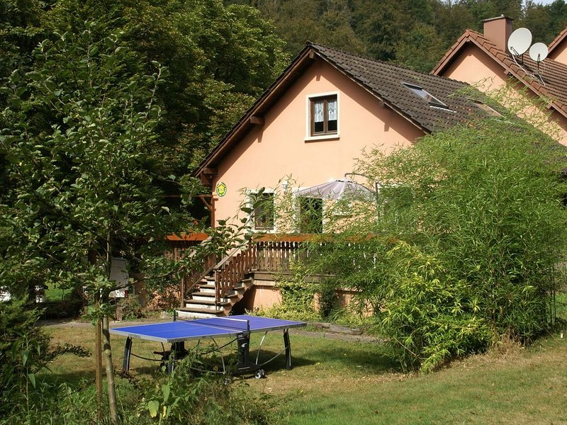 Spacious gîte for 6 persons in Hanviller, Mosel, casa vacanza a Zweibruecken