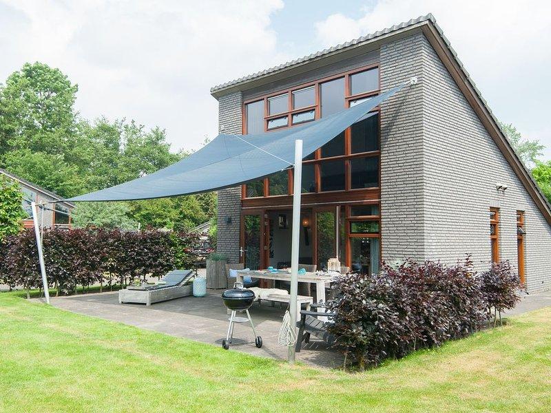 Modern holiday home located against the dunes between Schoorl and Bergen, holiday rental in Schoorl