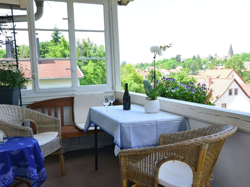 Modern holiday home in a listed villa with a view of Bad Suderode, location de vacances à Gernrode