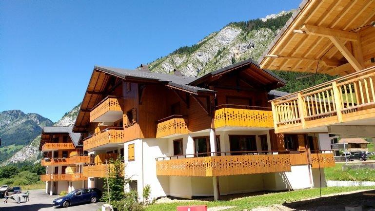 2 Bedroom Apartment 300 m to Ski Lift, La Chapelle d'Abondance, location de vacances à La Chapelle d'Abondance