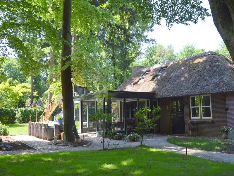 Beautiful Holiday Home in Haaren with Sauna, holiday rental in Haghorst