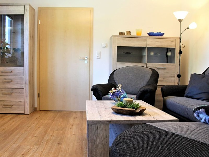 Apartment in Kussow with Garden, Terrace, BBQ, Carport, holiday rental in Grevesmuehlen