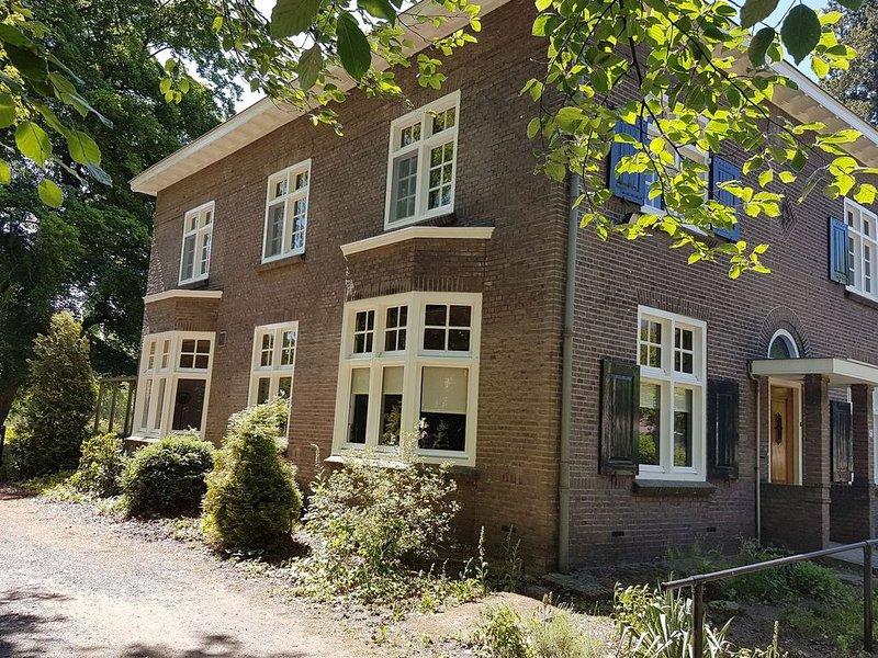 Modern Villa near Forest in Leende, vacation rental in Westerhoven
