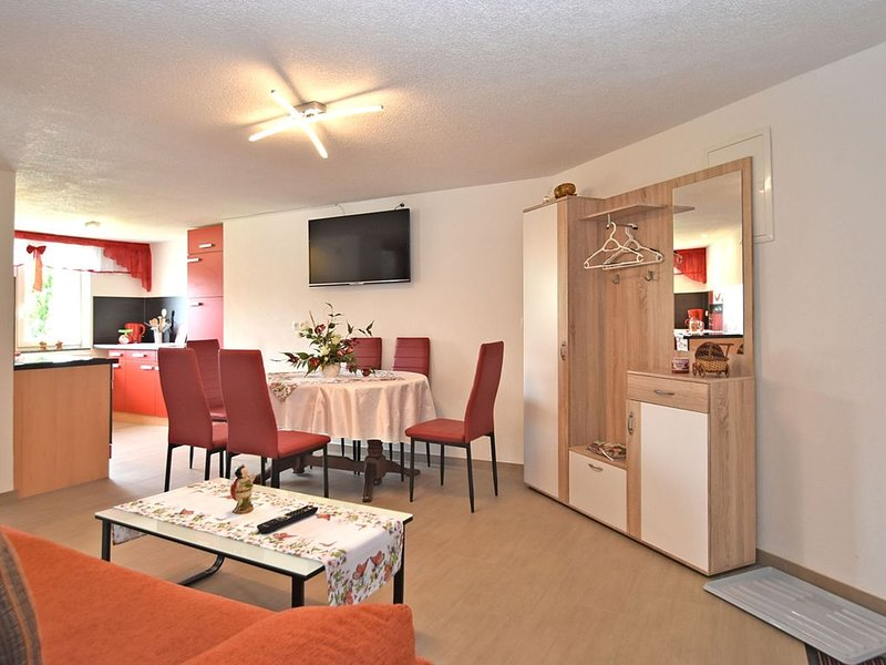 Cozy Apartment in Lichtenhain Germany With Garden, location de vacances à Altendorf