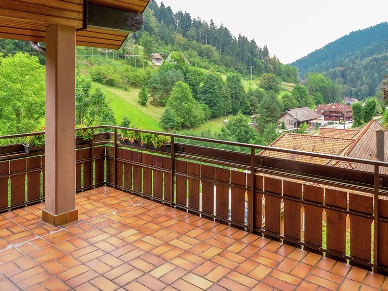 Scenic Apartment in Bad Rippoldsau with Balcony & Parking, holiday rental in Bad Rippoldsau-Schapbach