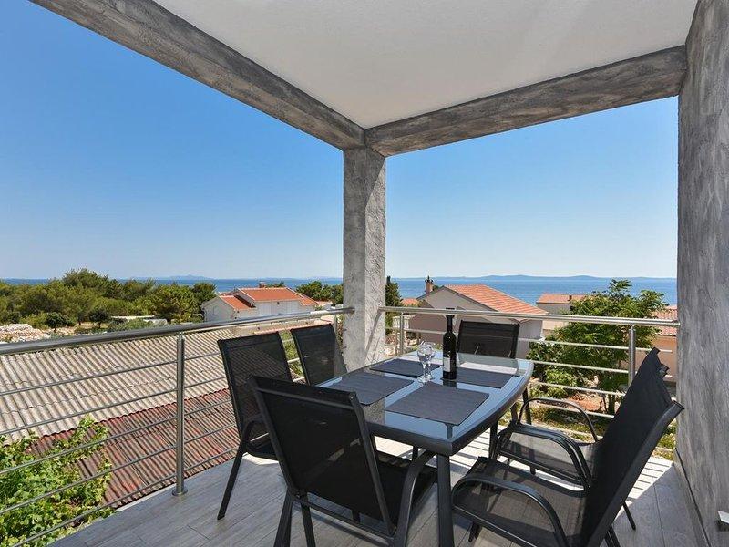 Crowonder Luxury Vir - Apartment A3 for 8 persons, aluguéis de temporada em Vir