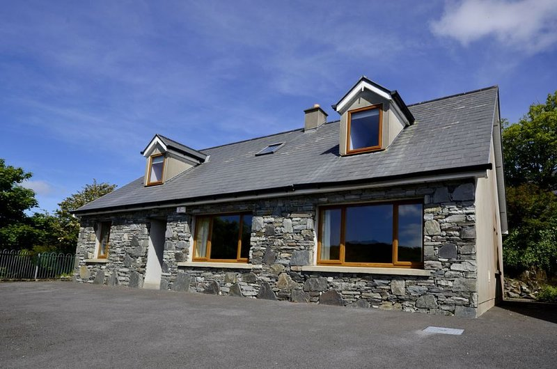 Cottage 173 - Clifden, vacation rental in Clifden
