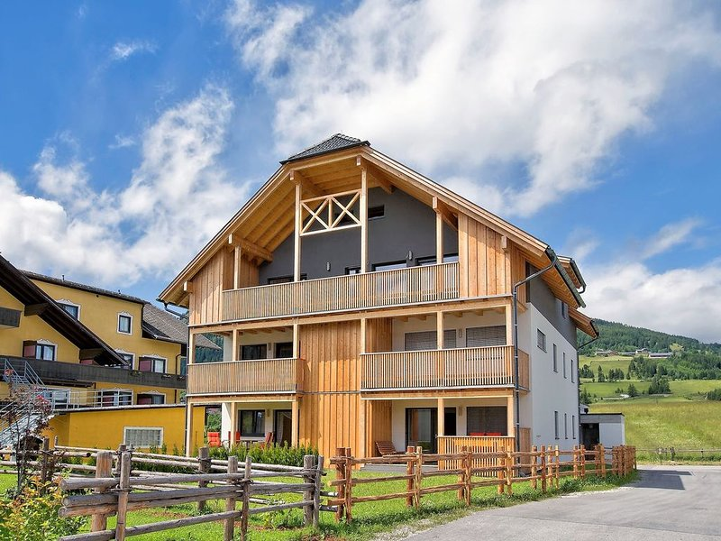 Spacious Chalet with Garden in Mauterndorf, vacation rental in Mauterndorf