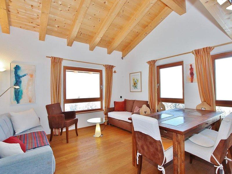 Modern Apartment near Ski Area in Tyrol, vacation rental in St Johann in Tirol