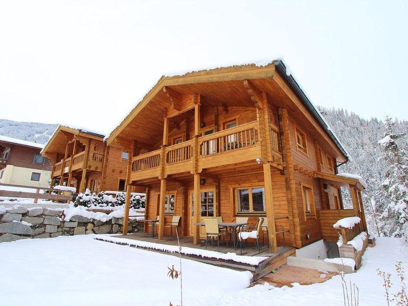 Modern Chalet with Jacuzzi in Krimml, location de vacances à Krimml