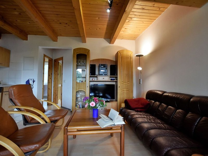 Spacious Apartment in Boddin near Baltic Sea, vacation rental in Gnoien