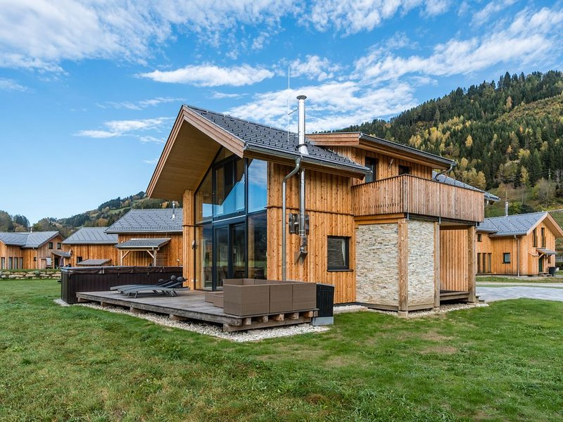 Vintage Chalet in Murau with Private Terrace, holiday rental in St. Lambrecht