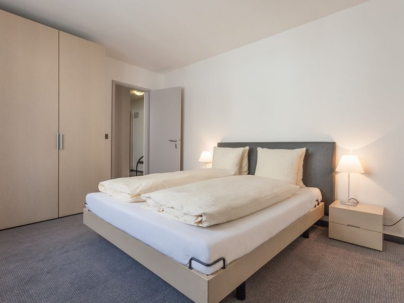 Ema House Serviced Apartments, Seefeld - 1 Bedroom, holiday rental in Zurich