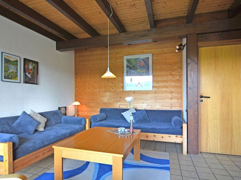 Lovely house in an ideal location in the Sauerland with garden and terrace, location de vacances à Meschede