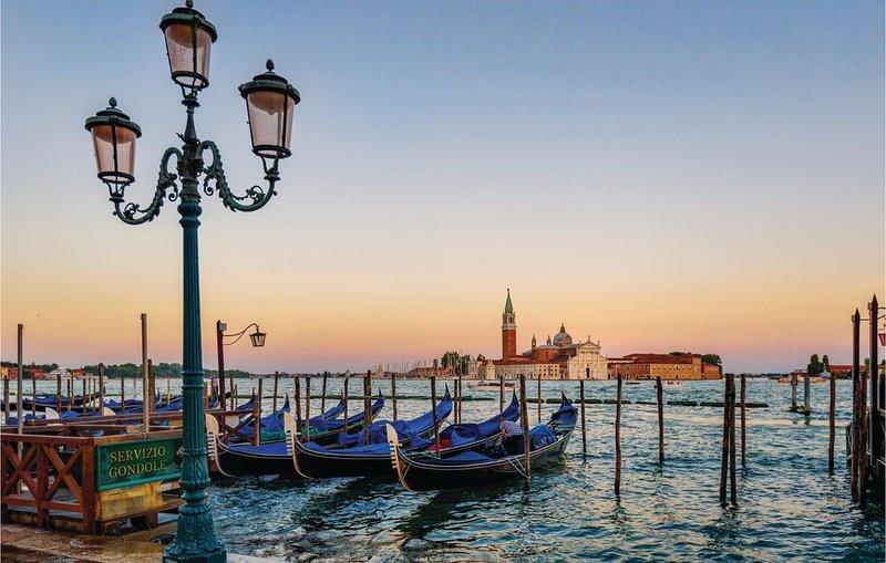 2 Zimmer Unterkunft in Venezia, holiday rental in San Nicolo