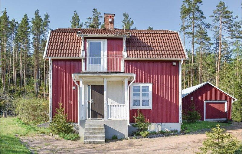 4 Zimmer Unterkunft in Bruzaholm, vacation rental in Ingatorp