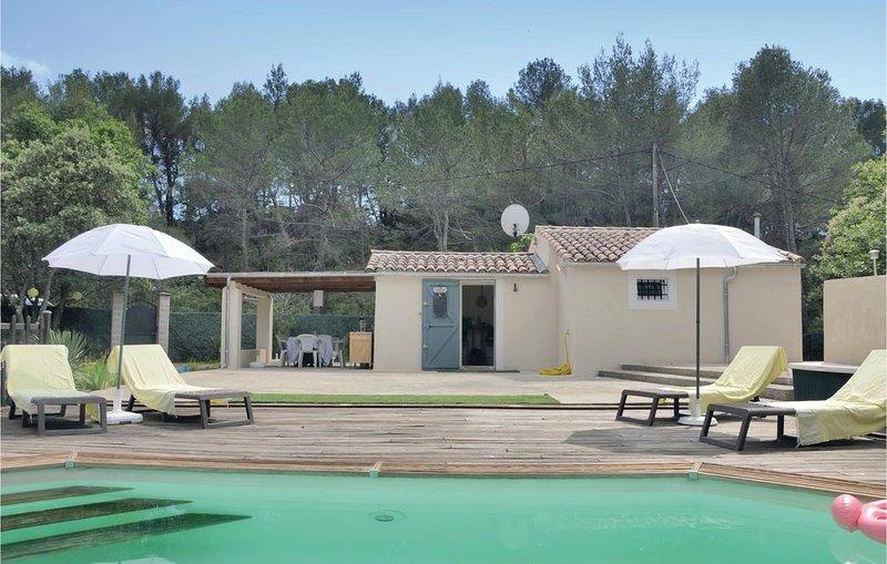 1 Zimmer Unterkunft in Pourcieux, location de vacances à Pourrieres