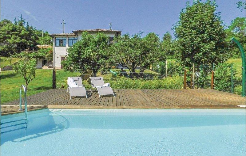 2 Zimmer Unterkunft in Esmate -BG-, location de vacances à Solto Collina