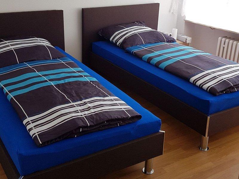 Ferienwohnung Gartengeschoss , 70qm, 2 Schlafzimmer, max. 6 Personen, alquiler vacacional en Bad Wildbad