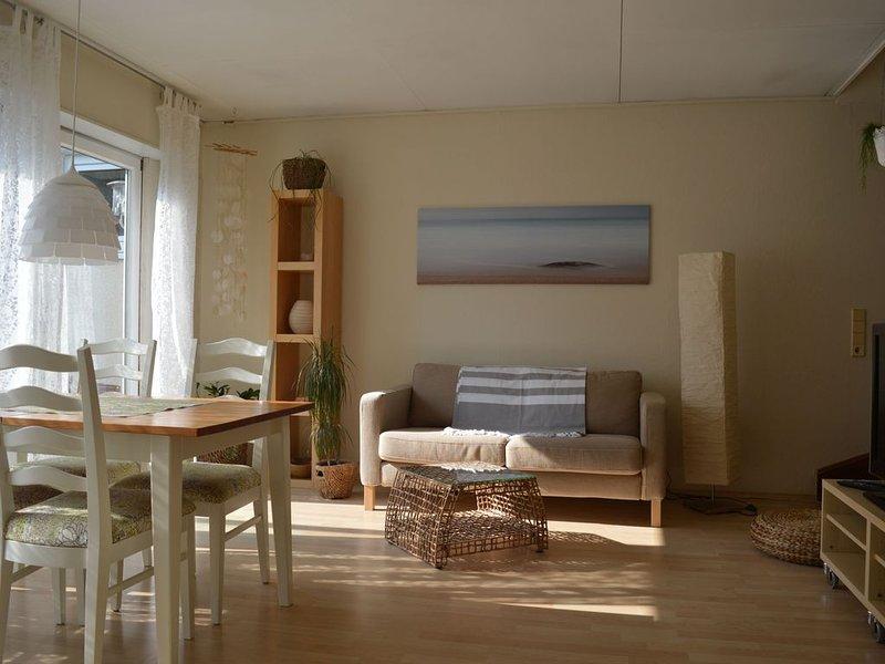 Ferienhaus Ritzhaupt, 80 qm mit Terrasse und 2 Schlafzimmern für max. 6 Personen, holiday rental in Leimen
