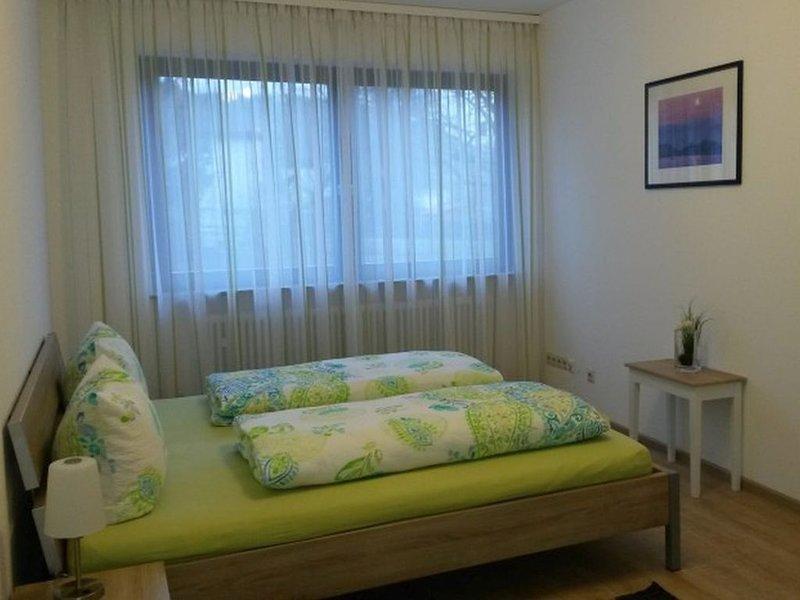 Ferienwohnung Gänsbach, 90qm, 2 Schlafzimmer, max. 5 Personen, casa vacanza a Albstadt