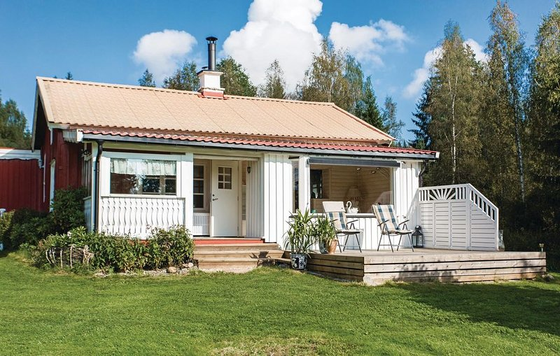3 Zimmer Unterkunft in Östra Ämtevik, aluguéis de temporada em Sunne