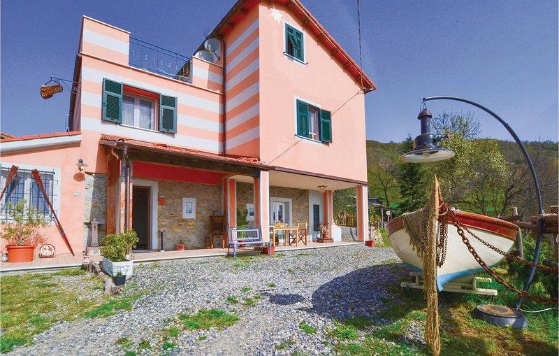 3 Zimmer Unterkunft in La Spezia (SP), location de vacances à Calice al Cornoviglio