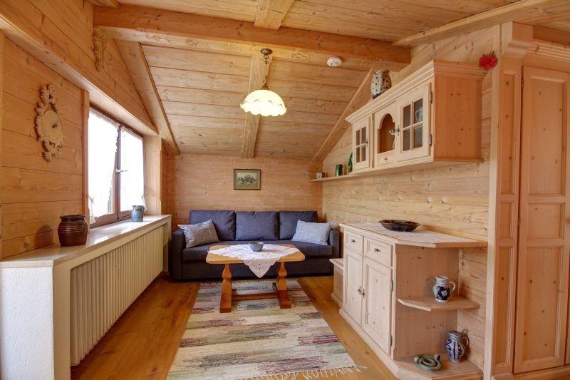 Ferienwohnung (47qm), Balk., Kochni., 1 Schlaf- u. 1 Wohn-Schlafraum, WLAN, max, holiday rental in Ruhpolding