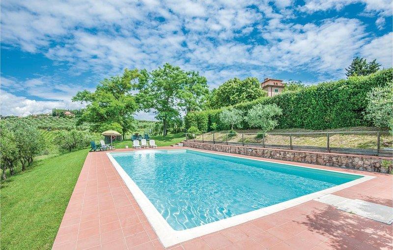 2 Zimmer Unterkunft in Barberino V.Elsa (FI), holiday rental in Petrognano