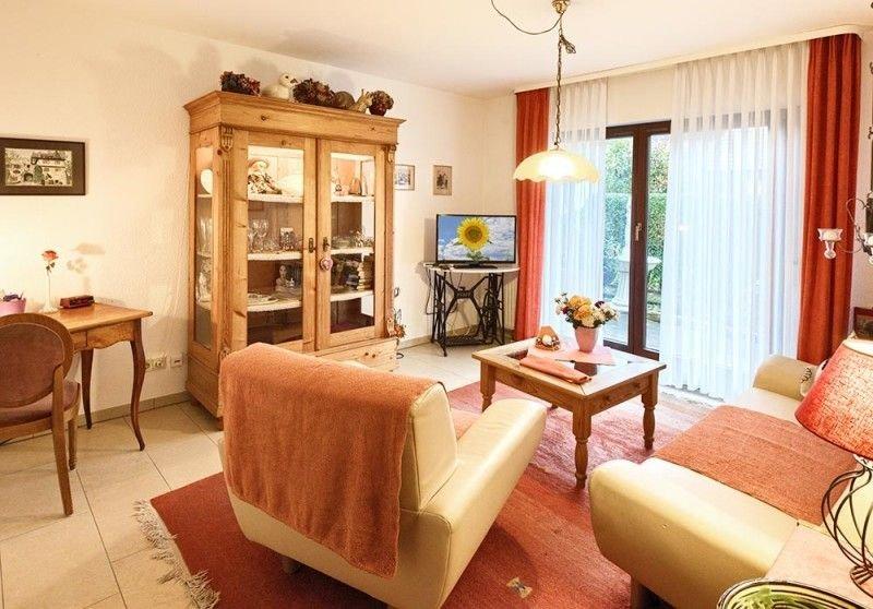 Ferienwohnung 2 mit 65 qm, 1 Schlafzimmer für maximal 2 Personen, alquiler vacacional en Buggingen