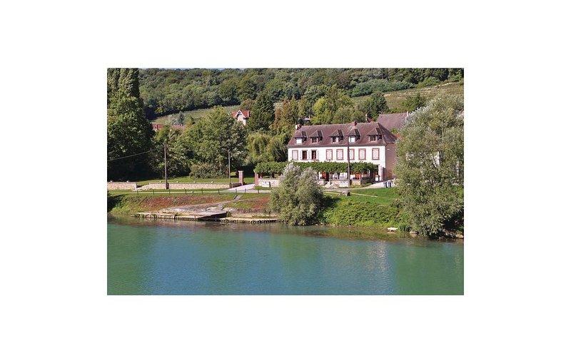 2 Zimmer Unterkunft in Jaulgonne, location de vacances à Mezy-Moulins