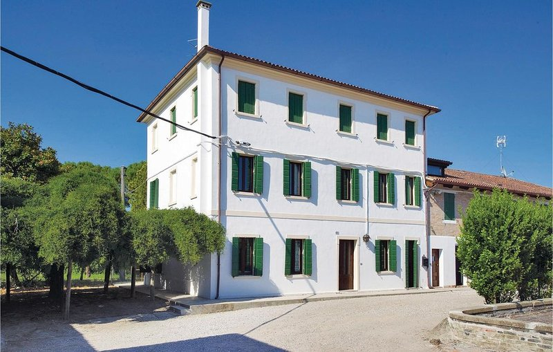 4 Zimmer Unterkunft in S.Giorgio d.Livenza VE, holiday rental in Caorle