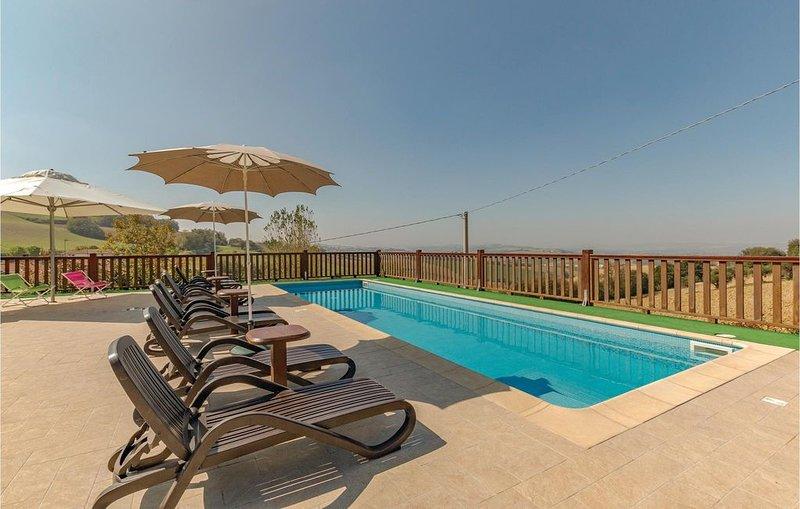 3 Zimmer Unterkunft in Montegranaro -FM-, vacation rental in Morrovalle