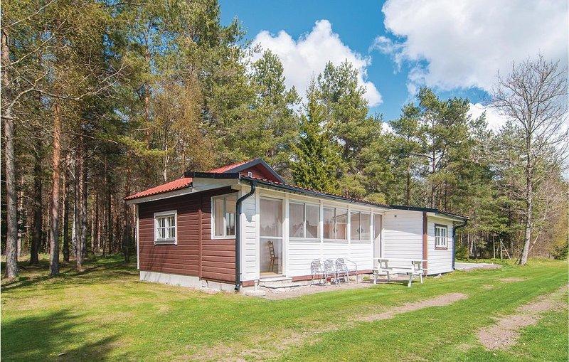 2 Zimmer Unterkunft in Visby, vacation rental in Visby