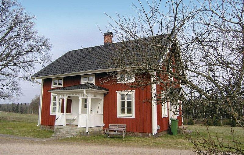 2 Zimmer Unterkunft in Hestra, holiday rental in Vaggeryd