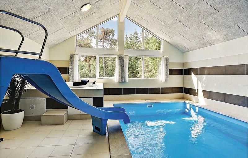 7 Zimmer Unterkunft in Frederiksværk, aluguéis de temporada em Jaegerspris
