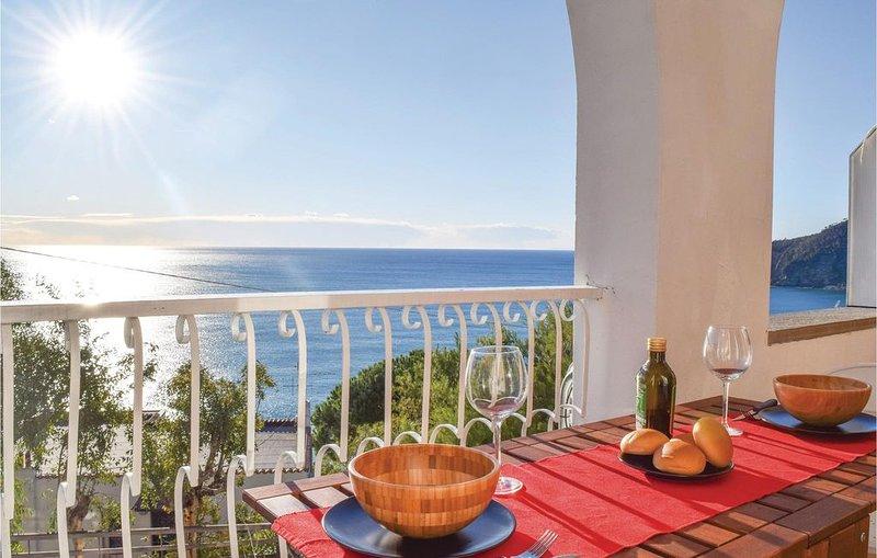 1 Zimmer Unterkunft in Moneglia -GE-, holiday rental in Deiva Marina