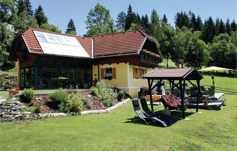 2 Zimmer Unterkunft in Neumarkt, holiday rental in St. Lambrecht