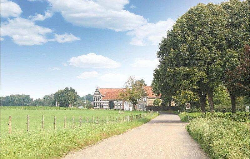 4 Zimmer Unterkunft in Nuth, holiday rental in Merkelbeek