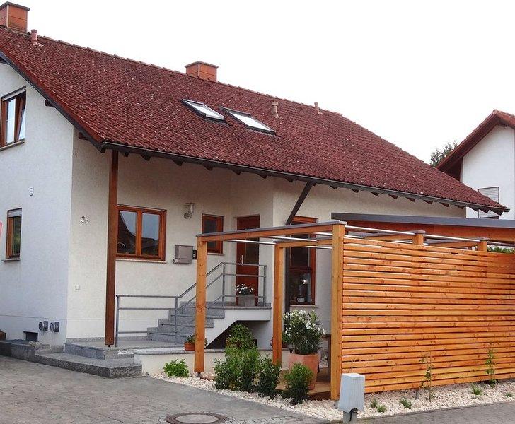 Ferienwohnung im sonnigen Kaiserstuhl, 45qm, 1 Schlafzimmer, 2 bis 4 Personen, casa vacanza a Boetzingen