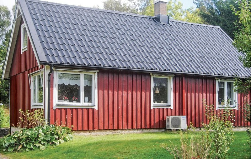 2 Zimmer Unterkunft in Munka-Ljungby, vacation rental in Orkelljunga