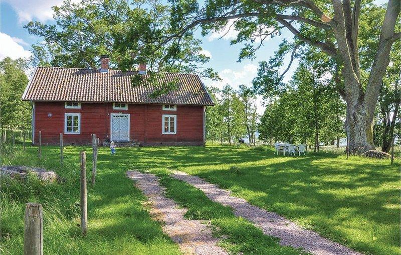 4 Zimmer Unterkunft in Tranås, location de vacances à Granna