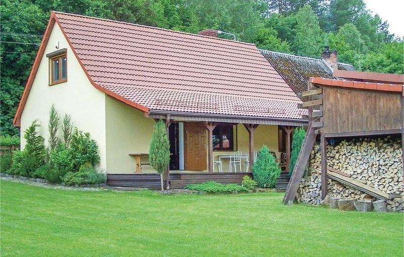 2 Zimmer Unterkunft in Krzynia, holiday rental in Pomerania Province