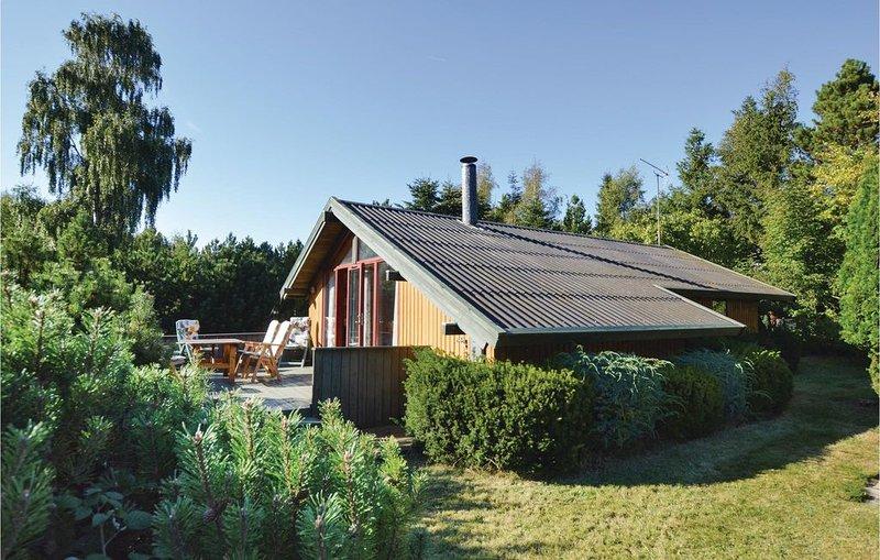 2 Zimmer Unterkunft in Højby, holiday rental in Hoensinge