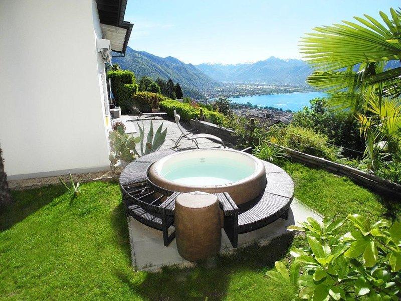 Modernes und freistehendes Einfamilienhaus (ca., casa vacanza a Lago Maggiore