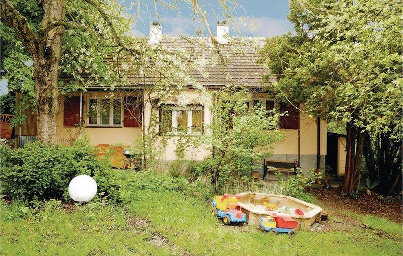 1 Zimmer Unterkunft in Arzberg, vacation rental in Mehlmeisel