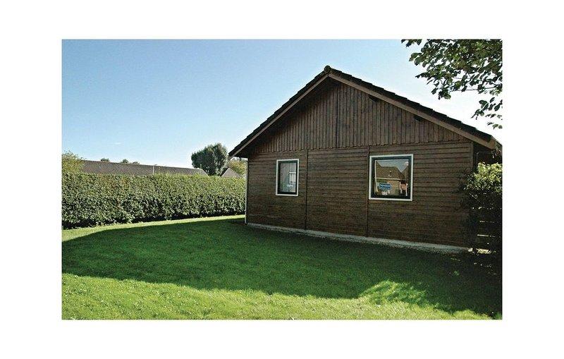3 Zimmer Unterkunft in Moddergat, holiday rental in Nes