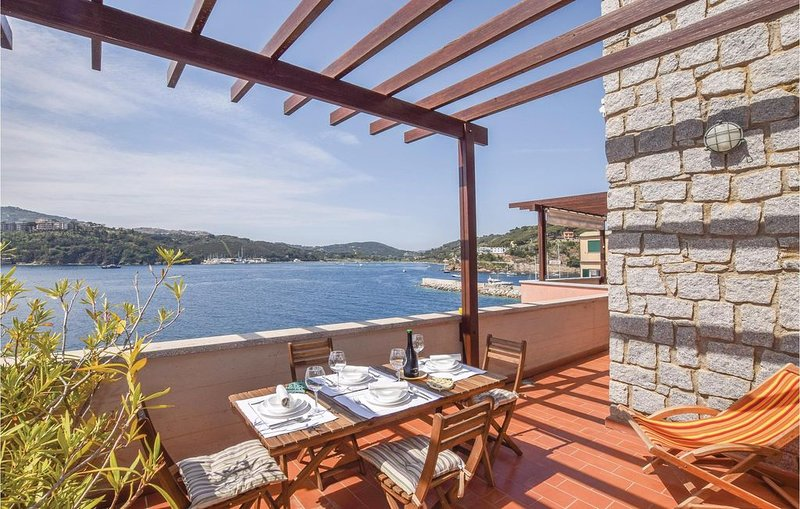 2 Zimmer Unterkunft in Porto Azzurro, holiday rental in Naregno